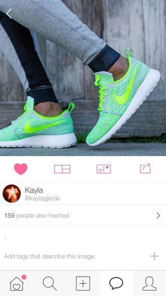 shoes nike mint green women tennis shoes nike shoes womens roshe runs