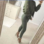 jacket,bomber jacket,pants,heels,army green