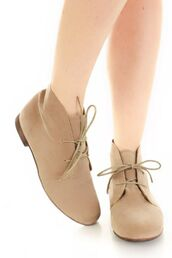 shoes,boots,booties,flat,ankle boots,tan,lace up,suede,taupe,beige
