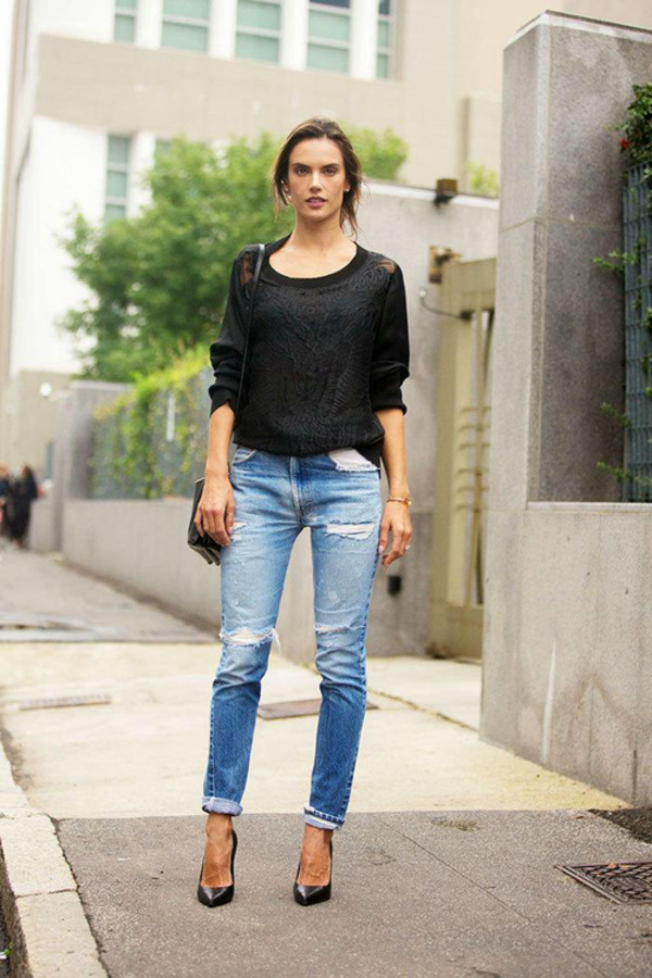 jeans alessandra ambrosio fashion week 2014 fall outfits streetstyle sweater
