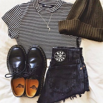 top shorts on point clothing stripes streetstyle streetwear blogger dope swag striped top beanie doc marten drmartens necklace jewels style boyish outfit women gorgeous fashionista chill rad casual hat shoes