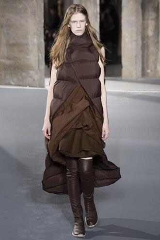 coat jacket vest runway model brown paris fashion week 2016 fashion week 2016 rick owens