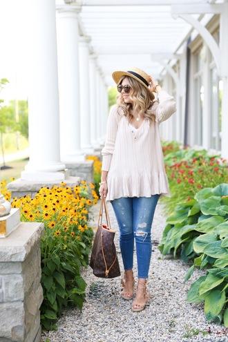 suburban faux-pas blogger hat sweater tank top jeans shoes sunglasses jewels bag white sweater long sleeves ripped jeans louis vuitton louis vuitton bag straw hat sun hat brown sunglasses peplum top v neck nude top blue jeans sandals flat sandals brown bag spring outfits