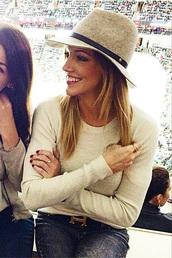 sweater,hat,katie cassidy,belt