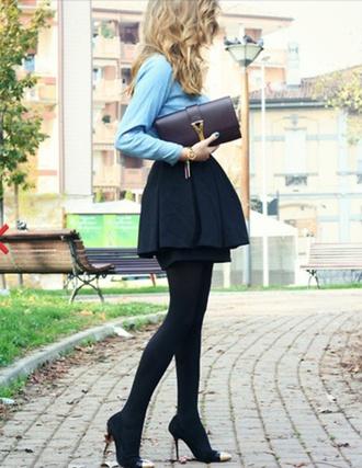 skirt peplum black skirt skater skirt mini skirt black pleated mini miniskirt goldtip heels blue shirt clutch