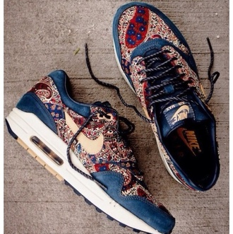 shoes air max style pattern shoes nikes tribal print nike nike shoes for women nike air nike airmax airmax1 airmax1s blouse
