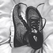 shoes,nike running shoes,nike,nike free run,nike roshe run,nike black,black,black shoe,black tennis shoe,black nike,black nike shoes,nike tennis shoes,nike shoes,nike air,nike shoes womens roshe runs,sneakers