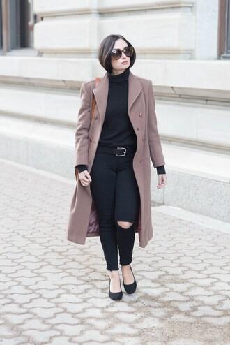coat tumblr mauve pink coat top black top turtleneck black turtleneck top denim jeans black jeans ripped jeans sunglasses