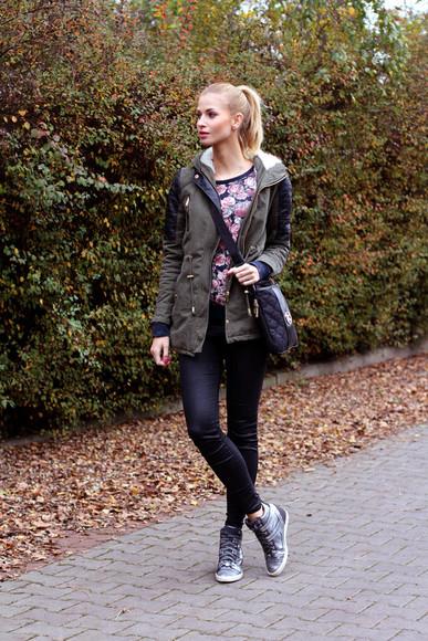 jacket khaki beauty fashion shopping blogger jeans bag sneakers