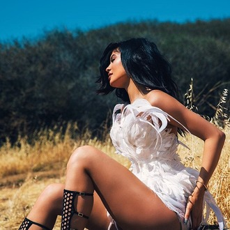 shoes dress sandals kylie jenner feathers