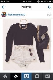 shorts,crop tops,sweater,High waisted shorts,hipster,goth hipster,girly,bag,cotton,high waisted levi's shorts,jewels,shoes,t-shirt,jeans,shortsdenim