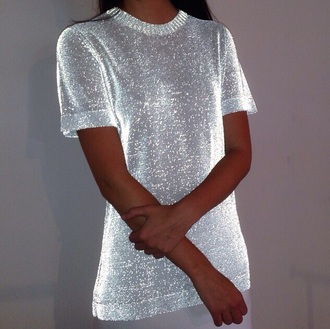 sweater shirt vouge silver silver top blouse white t-shirt white shirt shiny short sleeve cute af sliver glitter sparkle gray silver sparkle glitter t-shirt glitter shiney sequin shirt