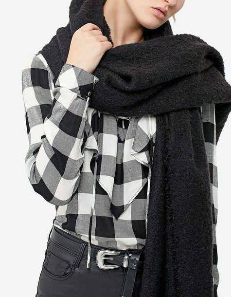 Stradivarius scarf black