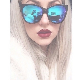 sunglasses sunnies sunnies sunglasses black vintage sylish blue blue sunglasses shades cute cool girl summer hipster vintage clothes gorgeous women stylish style trendy beautiful pretty instagram back to school valentine's day gifts weheartit holiday gift blogger fashionista chill rad on point clothing alternative alternative apparel alternative fashion alternative clothing