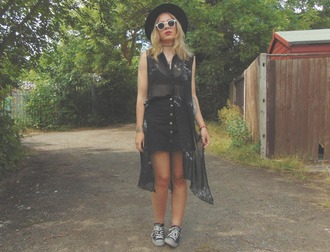 the velvet black grunge blogger shirt skirt sunglasses