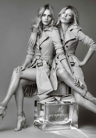luxury trench coat kate moss cara delevingne vogue classy model burberry