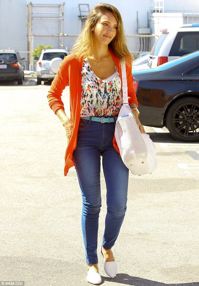 jewels jessica alba shoes necklace cardigan
