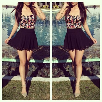 skirt floral pool brunette split image black skirt grey heels high waisted skirt tank top