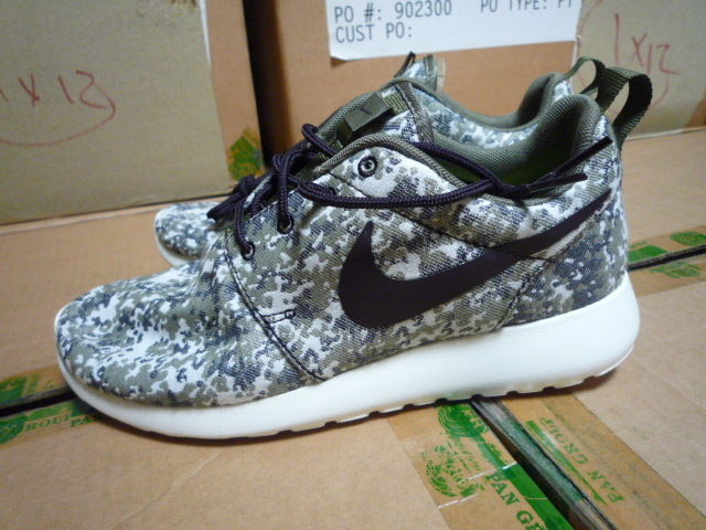 Nike wmns roshe run prm rosherun grey digi camo sail khaki splatter calypso