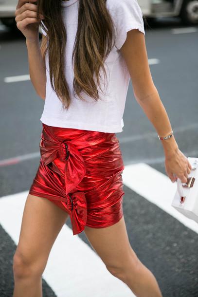 a09606fd63 skirt, tumblr, mini skirt, red skirt, bow, t-shirt, white t-shirt ...