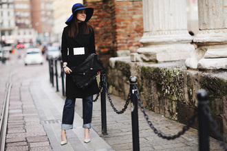 style scrapbook blogger black coat waist belt black bag