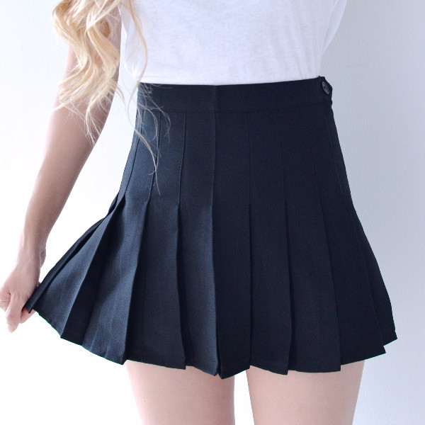 pleated tennis skirt black