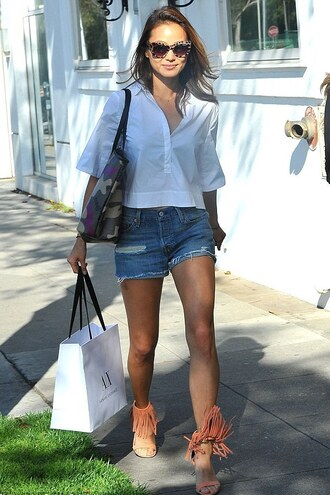 shoes sandals fringes jamie chung spring outfits blouse shorts sunglasses