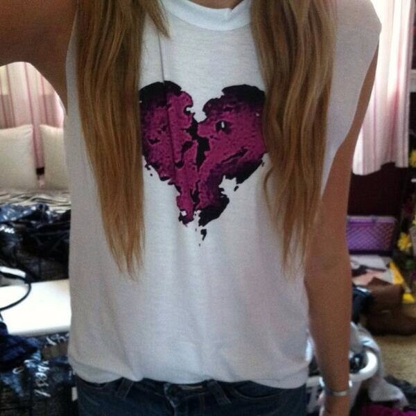 shirt white heartbreaker heart t-shirt purple justin bieber tank top