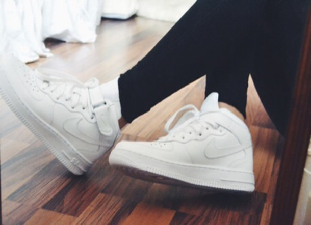 check out 98892 6ebd5 shoes sneakers nikes nike sneakers nike shoes white nikes white cute shoes  high top sneakers lowtops