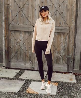 top cropped hoodie nude top leggings black leggings sneakers hoodie cap baseball cap sporty sportswear activewear