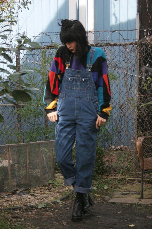 Womens 90s denim bib overall pants/ overalls / jean overalls / jean jumpsuit / grunge overalls