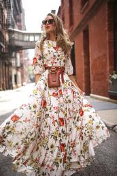 memorandum,blogger,dress,belt,bag,shoes,sunglasses,maxi dress,floral dress,belt bag,summer dress