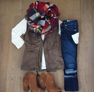 scarf shoes jacket blanket scarf olive green vest vest infinity scarf plaid army green boots white denim tartan scarf outfit teenagers beautiful fall outfits jeans green jacket