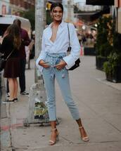 jeans,cropped jeans,high waisted jeans,sandals,high heel sandals,white shirt,earrings,shoulder bag