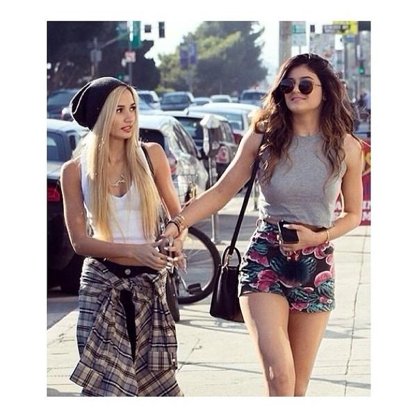 shorts kylie jenner pattern floral fashion kardashians kardashians kylie jenner shirt
