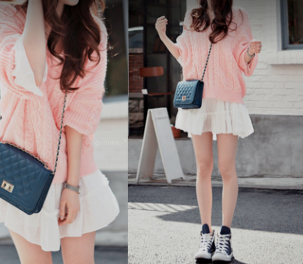 vintage girly white skirt bag