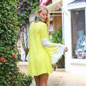 dress,boho,boho dress,bohemian,bohemian dress,lace,lace dress,lace sleeved dress,yellow,white,yellow dress,tunic,tunic dress,escloset