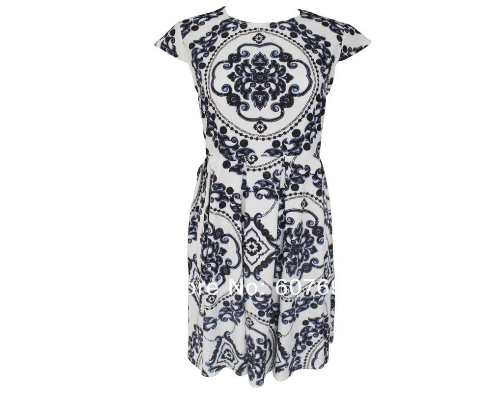 Free shiping Fashion Ethnic style of printing and Baroque dress .Party dress J311-in Apparel & Accessories on Aliexpress.com