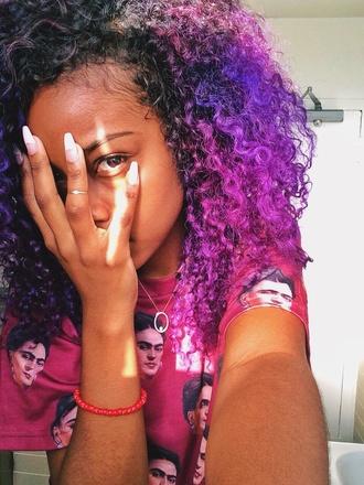 purple curly hair ring nail polish nails india westbrooks background justine skye black girls killin it shirt frida fashion frida kahlo blouse t-shirt red dress dress tumblr outfit nice style