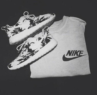 shoes nike running shoes nike shoes womens roshe runs nike roshe run palm trees palm tree print black and white shoes sweater