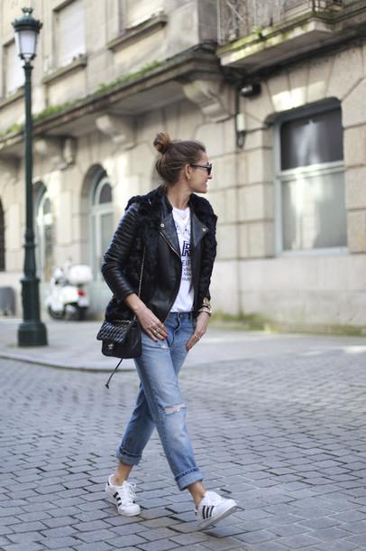 b a r t a b a c blogger leather jacket ripped jeans faux fur vest graphic tee adidas shoes black fur vest