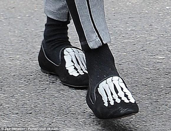 cara delevingne shoes skeleton