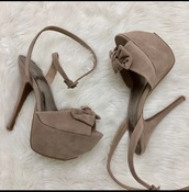 shoes,nude suede platform high heelsls