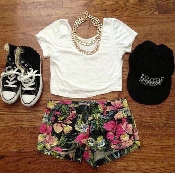white top t-shirt shoes crop tops shirt floral shorts jewels fashion cute style hat leather tropical