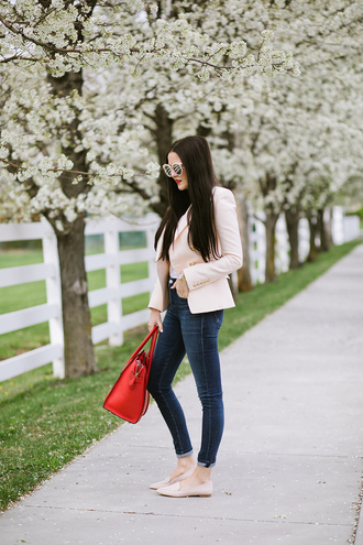 jeans tumblr white blazer blue jeans denim skinny jeans bag red bag blazer flats sunglasses white sunglasses spring outfits