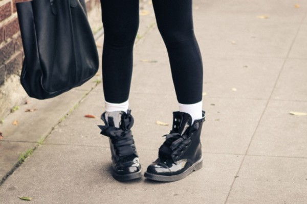 shoes hipster goth hipster streetwear urban boots ribbon soft grunge grunge
