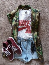 shirt,army green jacket,camouflage,clothes,miltary,fashion,shoes,blouse,jacket,camo jacket,short sleeve,shorts,t-shirt,nike,nike air,grey,denim shorts,vest,nike t shirt,nike shirt,top,sleeveless