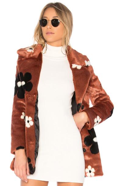 EAVES coat rose