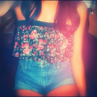 top flowers shorts