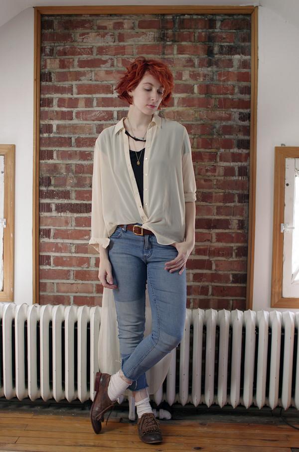 de lune blogger t-shirt jeans belt bag jewels